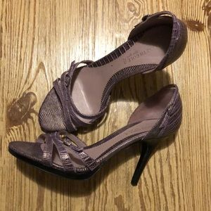 Purplish Gray Kenneth Cole Heels